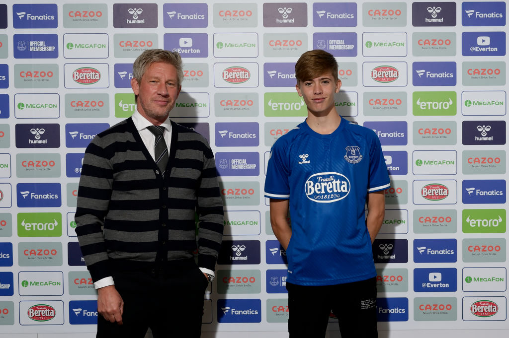 Isaac Price Signs First Professional Contract With Everton FC